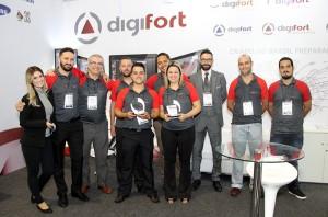 Equipe Digifort comemora a conquista das novas premiações