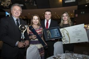 Equipe Digifort comemora a conquista do novo prêmio